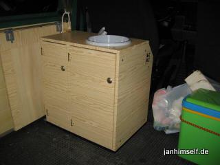 vw t4 wohnmobil k chenschrank bauen. Black Bedroom Furniture Sets. Home Design Ideas